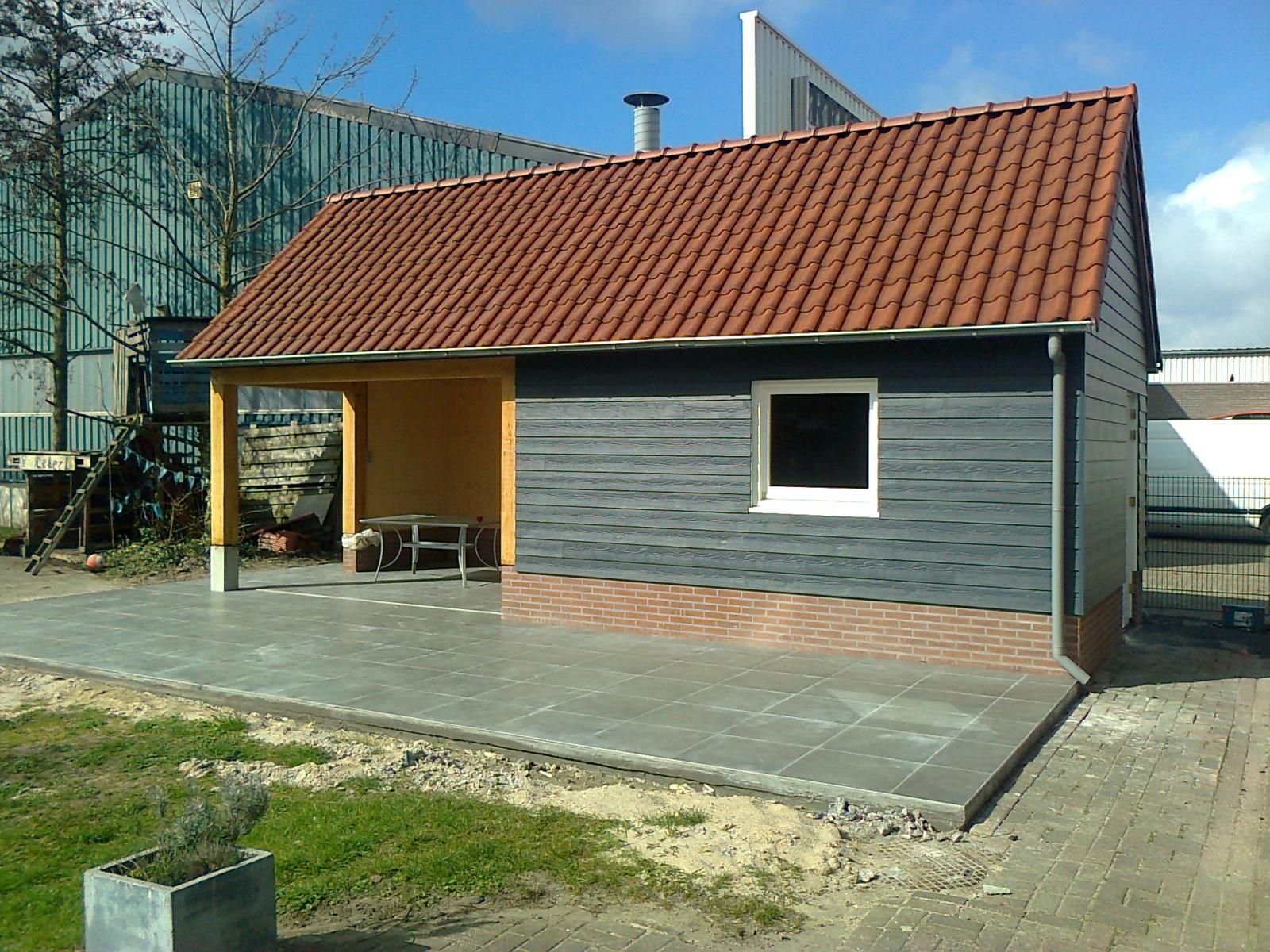 Home projecten tuinhuis met overdekt terras sonke bouwbedrijf for Overdekt terras model